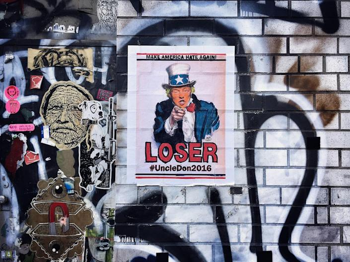 <p>Street art depicting GOP presidential candidate Donald Trump in New York. (Photo: Holly Bailey/Yahoo News) </p>