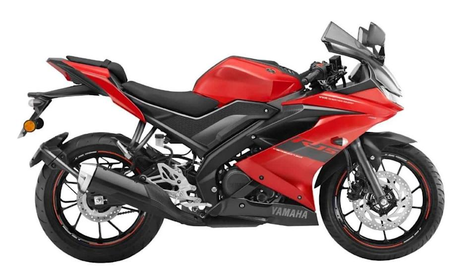 Yamaha YZF R15 V3 launched in a Metallic Red color