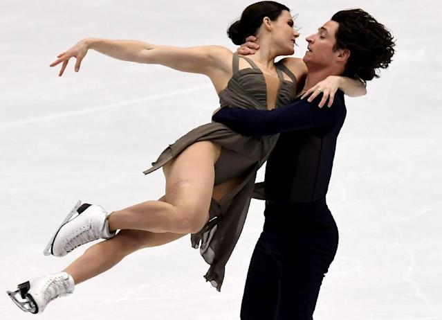Canada's Tessa Virtue (L) and Scott Moir took the NHK Trophy ice-dance title with a combined 195.84 points, eclipsing the previous record of 195.52 (AFP Photo/Toshifumi Kitamura)