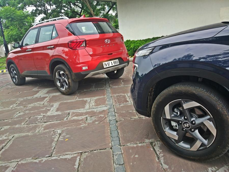 Simply put, this is the best under-4m petrol compact SUV to buy as the 1.0 turbo petrol makes 120 bhp and 172Nm which gives it more than enough power to tower over its rivals. We also love the smoothness of the engine and the DCT option is even better.