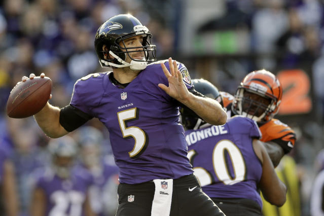 Baltimore Ravens quarterback Joe Flacco passes the ball during the first half of a NFL football game against the Cincinnati Bengals in Baltimore, Sunday, Nov. 10, 2013. (AP Photo/Patrick Semansky)