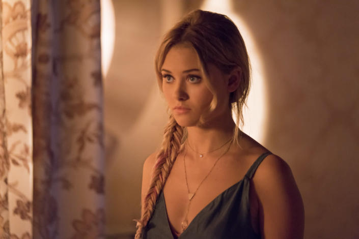 Virginia Gardner as Karolina in <em>Marvel's Runaways</em>. (Photo: Greg Lewis/Hulu)
