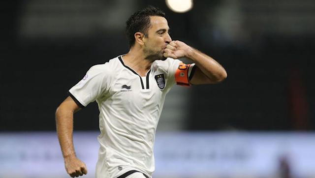 <p>And 26! </p> <br><p>Now aged 37 and exiled in Qatar since 2015, Xavi Hernandez won his first trophy with Al-Sadd as the club lifted the Qatar Cup this weekend, after a 2-1 victory over El Jaish. That's Xavi's 26th club trophy. </p> <br><p>In Holland, Vitesse Arnhem, well known as Chelsea's hiding place for young talents, won the KNVB Cup, the Dutch cup, which is the first major trophy since the club's creation...125 years ago. Arnhem did win some minor trophies, but it's the first in the highest level of Dutch football. Congratulations! </p>