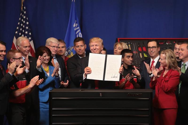 Trump executive order immigration GettyImages-669942122