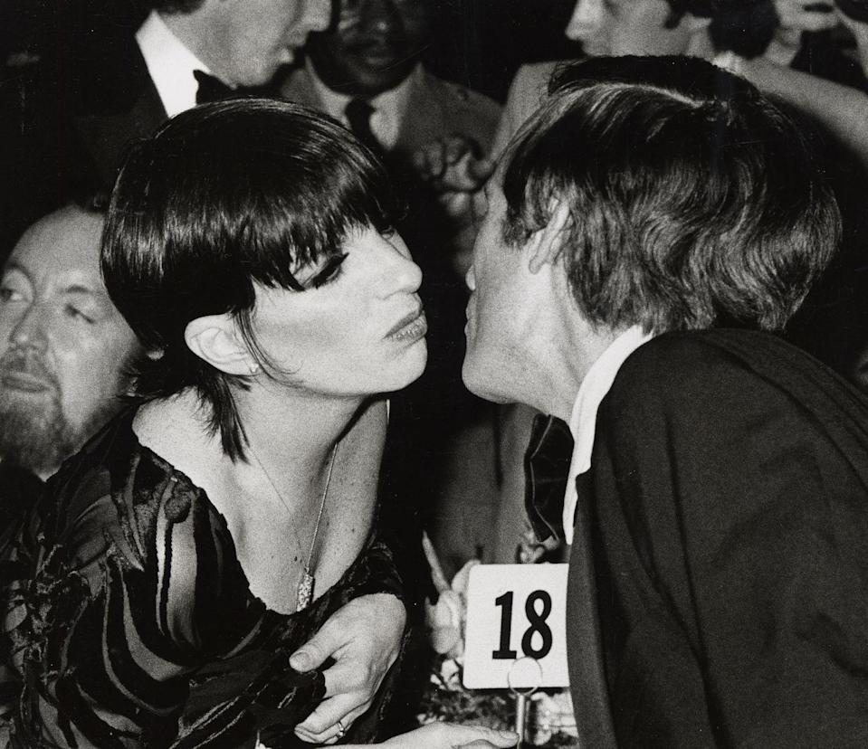 <p>Liza Minnelli greets television host Dick Cavett with a kiss on the cheek at the opening night party for <em>The Act. </em>The Broadway musical would go on to become a hit, cementing Minnelli's talents as a singer, dancer, and actress. </p>