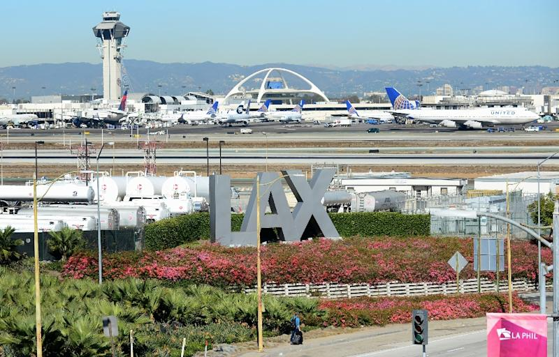 Part of los angeles airport briefly closed 39 zorro 39 detained for Lax parking closest to airport