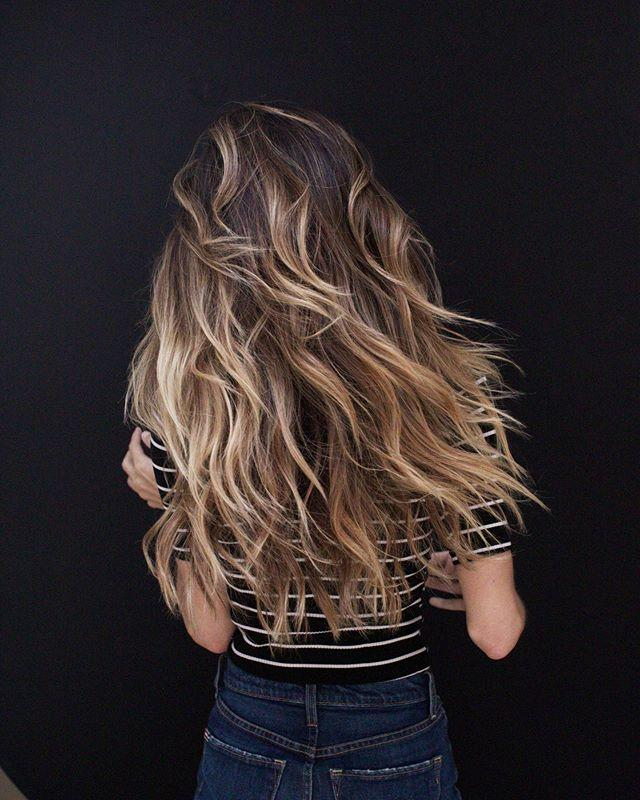 "<p>You definitely don't need to start with a blonde base if you're after ombré hair. This deep-brown hue looks ridiculously pretty with white and golden blonde highlights weaved throughout.</p><p><a href=""https://www.instagram.com/p/Bys1zlIhgR0/"">See the original post on Instagram</a></p>"