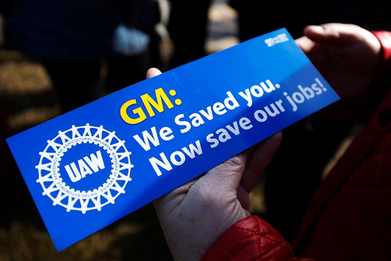 United Auto Workers members hold a prayer vigil at the General Motors Warren Transmission Operations Plant on Feb. 22, 2019, in Warren, Michigan. Almost 300 people were laid off at the plant as a result of GM's decision to idle the facility.  (Photo: Bill Pugliano via Getty Images)