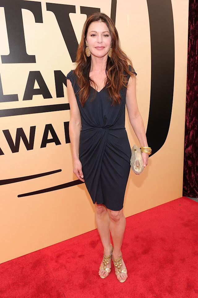 "Jane Leeves (""Frasier"") arrives at the <a href=""/the-8th-annual-tv-land-awards/show/46258"">8th Annual TV Land Awards</a> at Sony Studios on April 17, 2010 in Los Angeles, California. The show is set to air Sunday, 4/25 at 9pm on TV Land."