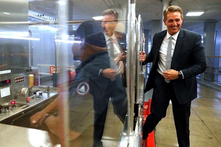 Sen. Jeff Flake (R-Ariz.) has called for Congress to restrain President Donald Trump's ability to unilaterally levy tariffs. (Photo: Jonathan Ernst / Reuters)