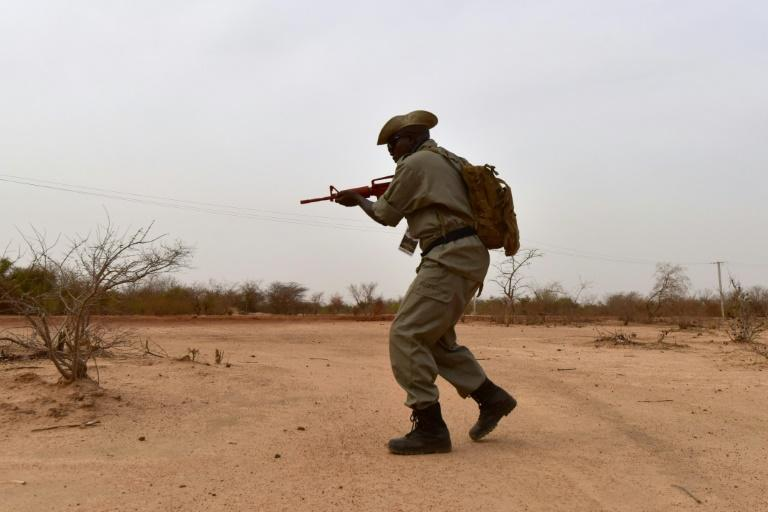 Burkina Faso's troops suffer from poor training and inadequate equipment to cope with a mobile war, say experts