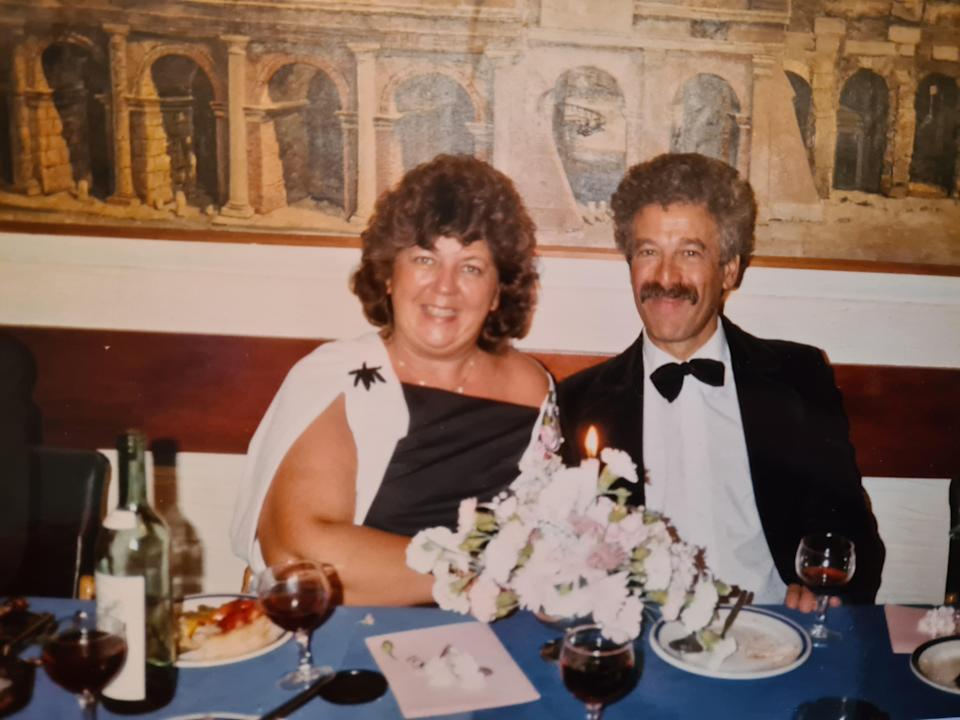 Alan Melinek with his wife Pat, who died in 2006 with ovarian cancer