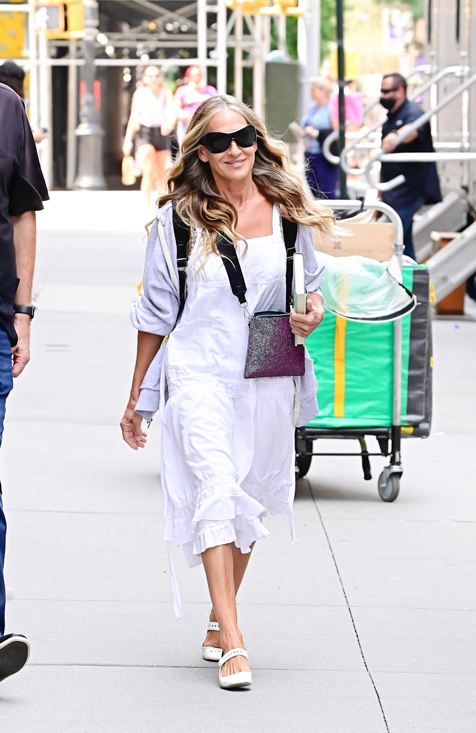 NEW YORK, NY - JULY 19:  Sarah Jessica Parker seen on the set of