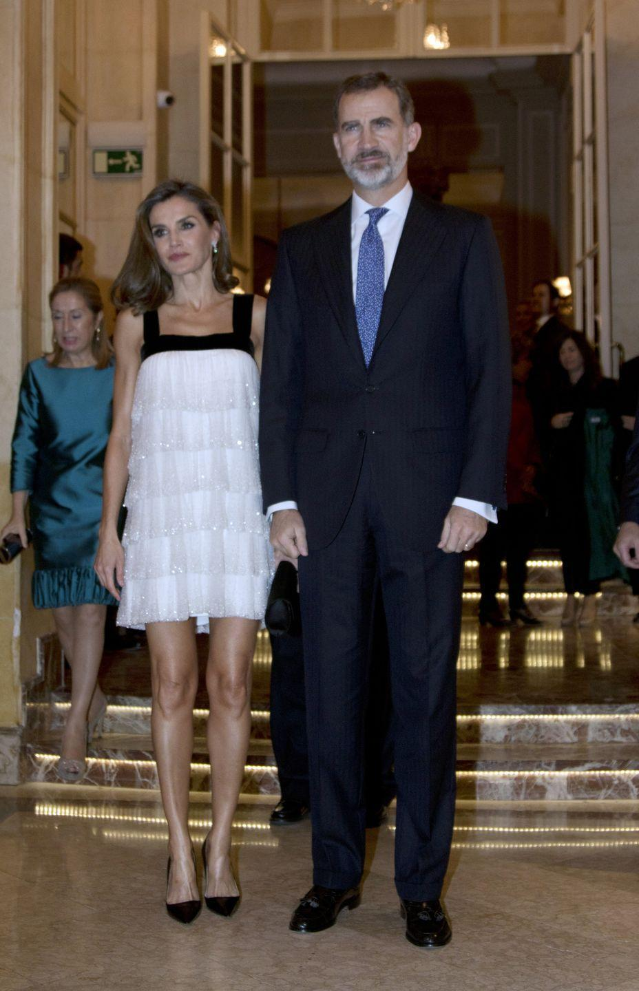 <p>King Felipe and Queen Letizia attended the Francisco Cerecedo Journalism award ceremony in Madrid. Letizia wore a flapper-inspired dress by Teresa Helbig for the occasion.</p>