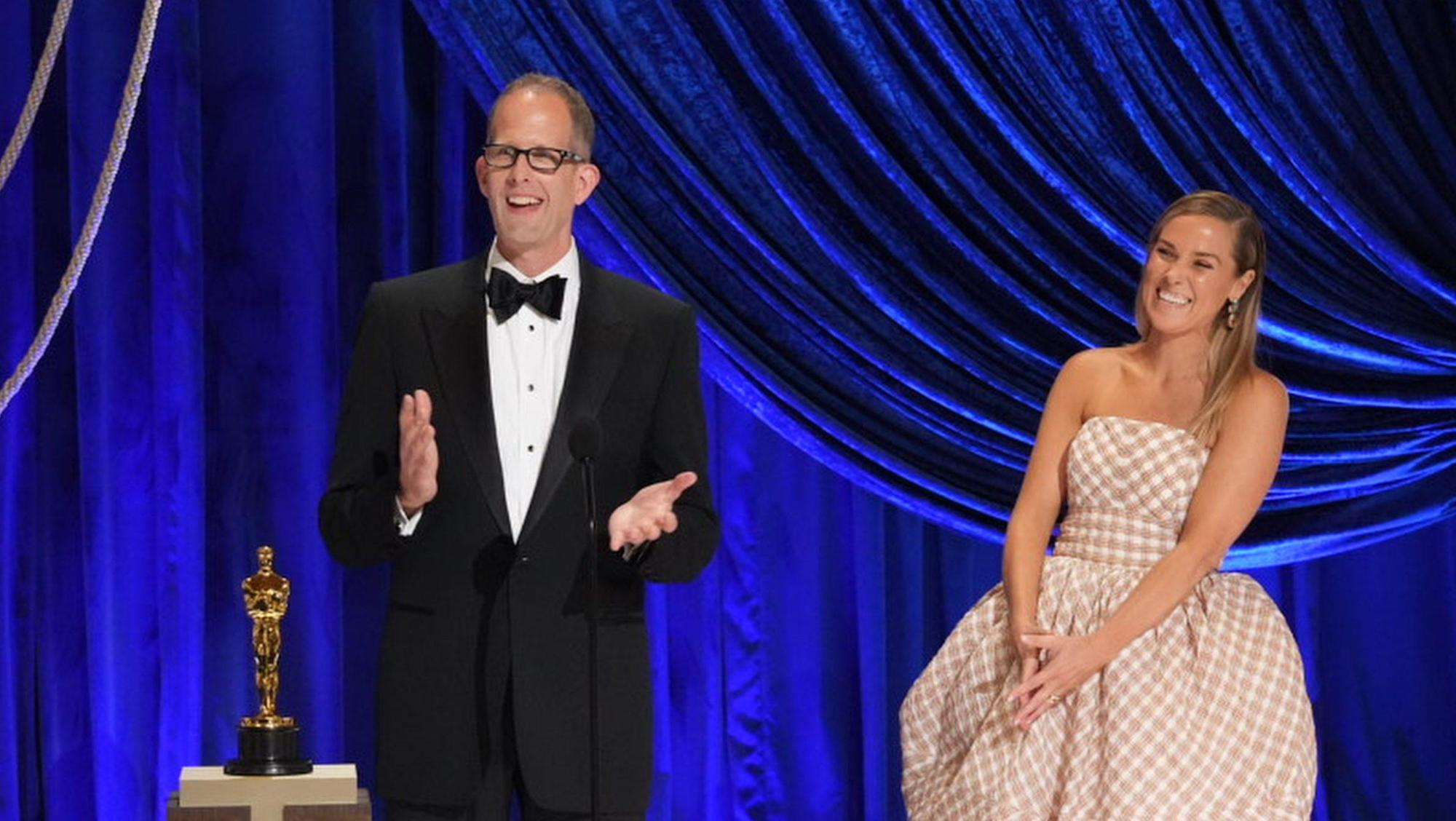 Soul' Director Pete Docter & Producer Dana Murray Pay Tribute To Music  Teachers & Jazz Musicians After Animated Oscars Win
