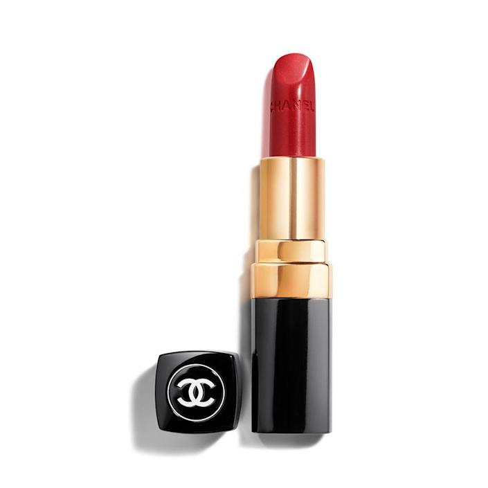 """<p><strong>Chanel</strong></p><p>chanel.com</p><p><strong>$40.00</strong></p><p><a href=""""https://go.redirectingat.com?id=74968X1596630&url=https%3A%2F%2Fwww.chanel.com%2Fus%2Fmakeup%2Fp%2F172444%2Frouge-coco-ultra-hydrating-lip-colour%2F&sref=https%3A%2F%2Fwww.elle.com%2Ffashion%2Fshopping%2Fg32178546%2Fgifts-for-grandma-ideas%2F"""" rel=""""nofollow noopener"""" target=""""_blank"""" data-ylk=""""slk:Shop Now"""" class=""""link rapid-noclick-resp"""">Shop Now</a></p><p>This classic red will accentuate her natural beauty.</p>"""