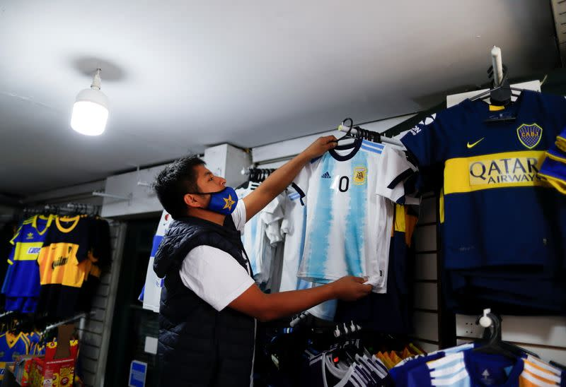 Argentina withdraws hosting the Copa America, in Buenos Aires