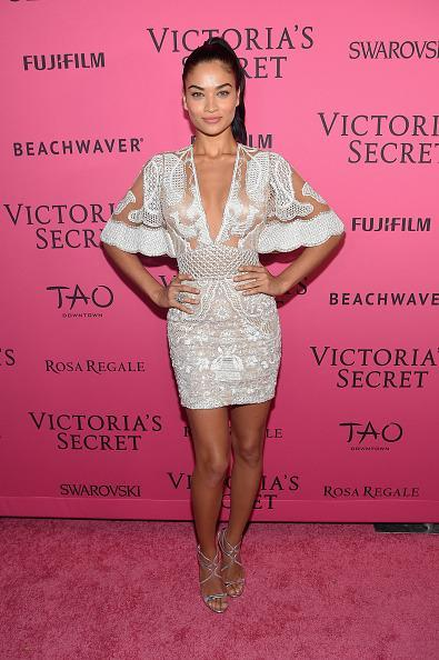 <p>Shanina Shaik dressed on theme in a little white dress fit for a sexy angel. </p>