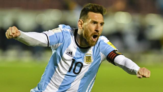 The winger says that failing to win a World Cup should not impact on whether or not his Argentina team-mate is seen as the best player ever
