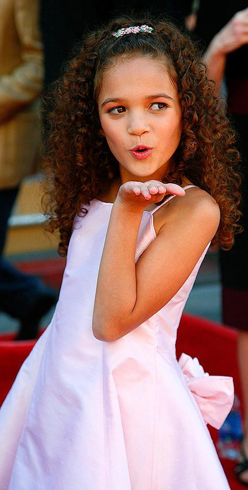 """Even though she's only nine years old, Madison Pettis already knows how to work the crowd at the premiere of her movie """"The Game Plan"""" in Hollywood. Kiley Bishop/<a href=""""http://www.splashnewsonline.com"""" target=""""new"""">Splash News</a> - September 23, 2007"""