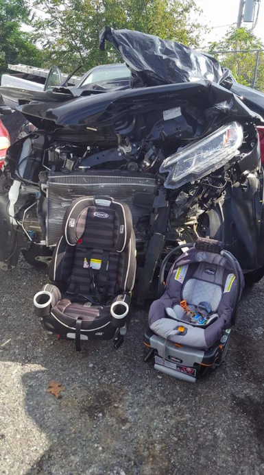 A mum has issued a warning to parents to make sure they are car seat safe [Photo: Facebook/Jenna Casado Rabberman]
