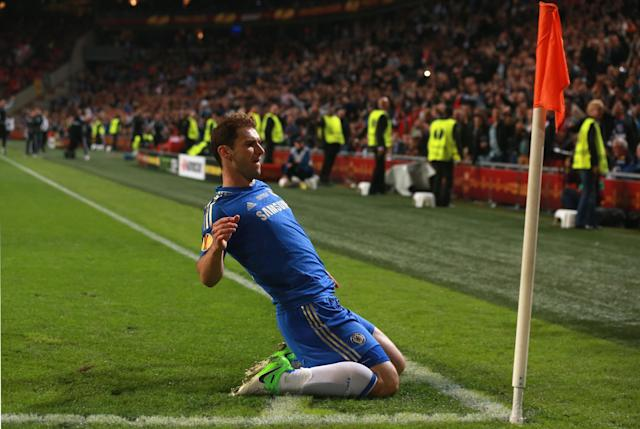 AMSTERDAM, NETHERLANDS - MAY 15: Branislav Ivanovic of Chelsea celebrates scoring their second and winning goal during the UEFA Europa League Final between SL Benfica and Chelsea FC at Amsterdam Arena on May 15, 2013 in Amsterdam, Netherlands. (Photo by Scott Heavey/Getty Images)