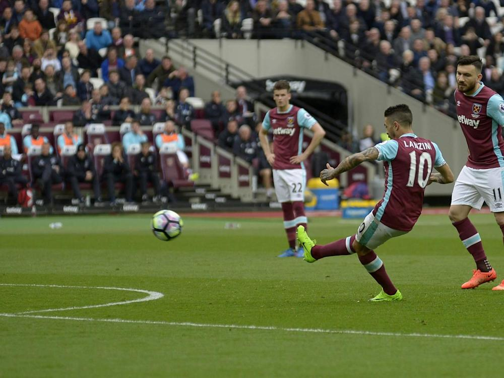 Lanzini pulled one back with an exquisite free-kick (Getty)