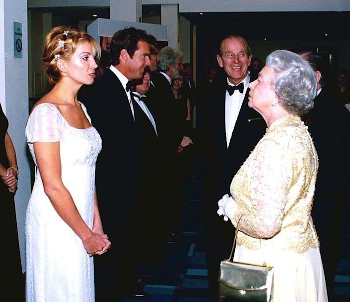 <p>Actress Natasha Richardson looked effortlessly chic in a flowy peasant gown. If you look closely, you can see her <em>Parent Trap </em>costar, Dennis Quaid, greeting Prince Philip in the background at the film's London premiere. </p>
