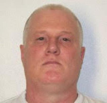 Death row inmate Don Davis, scheduled for execution in Arkansas beginning April 17, 2017, is seen here in an undated booking photo.  Courtesy Arkansas Department of Corrections/Handout via REUTERS