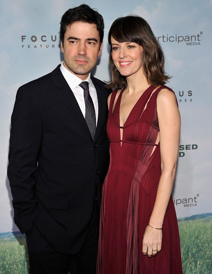 """NEW YORK, NY - DECEMBER 04:  Actor Ron Livingston (L) and actress Rosemarie Dewitt  attend """"Promised Land"""" premiere at AMC Loews Lincoln Square 13 theater on December 4, 2012 in New York City.  (Photo by Stephen Lovekin/Getty Images)"""