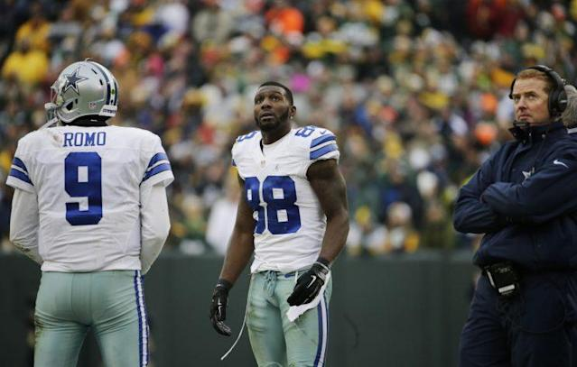 Dez Bryant's non-catch at Lambeau Field will never be forgotten (AP)