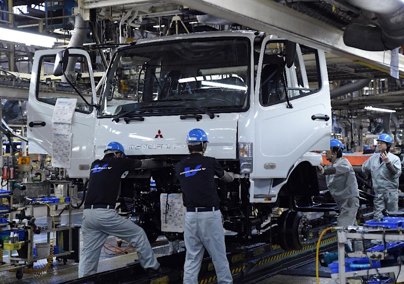 Japan's factory output rose 1.4% in October from the previous month, marking the second straight monthly rise, the government said
