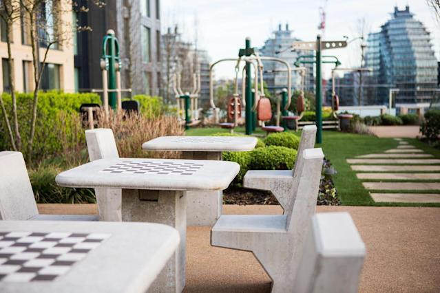 The on-site gardens are award-winning. (MyLo Fulham Riverside/Greystar/Movebubble)