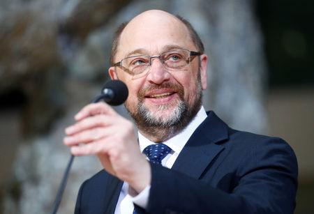 Germany's Social Democratic Party (SPD) leader Martin Schulz attends a news conference in Berlin, Germany, January 18, 2018. REUTERS/Hannibal Hanschke
