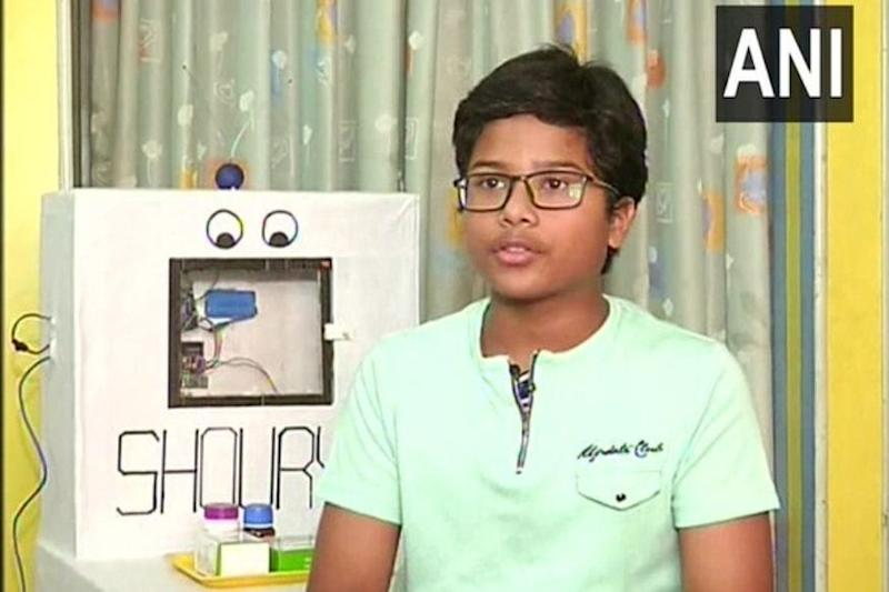 Student of Seventh Standard Designs Robot that Will Ensure Social Distancing amid Pandemic