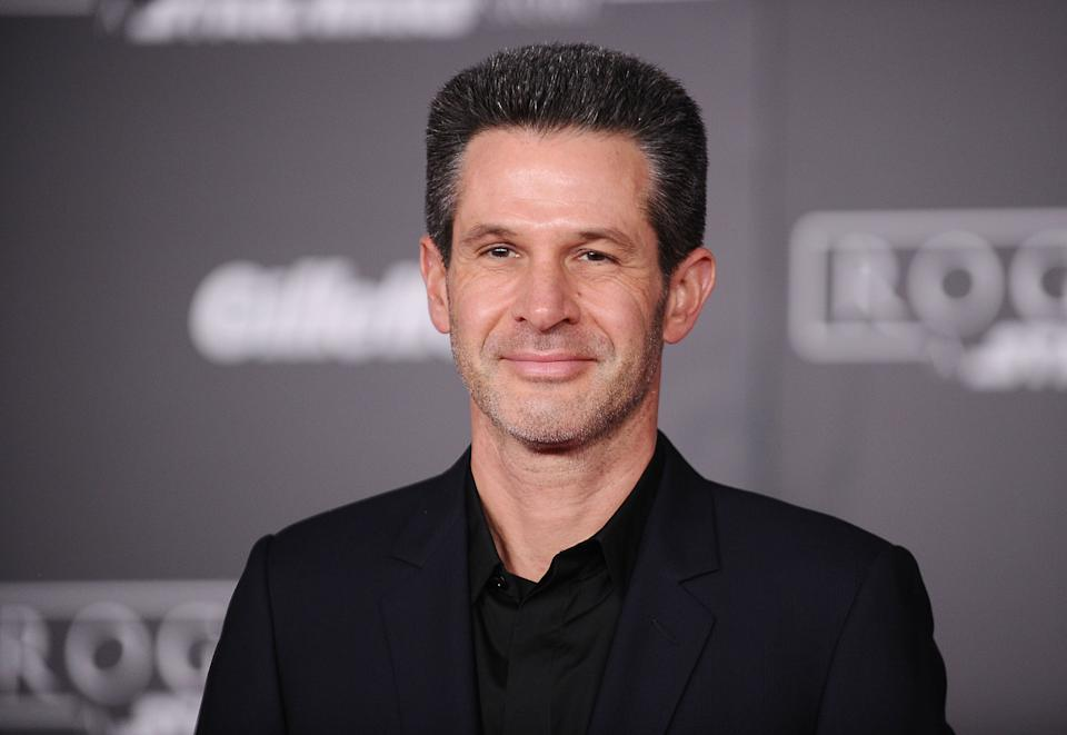 """HOLLYWOOD, CA - DECEMBER 10:  Prodcer Simon Kinberg attends the premiere of """"Rogue One: A Star Wars Story"""" at the Pantages Theatre on December 10, 2016 in Hollywood, California.  (Photo by Jason LaVeris/FilmMagic)"""