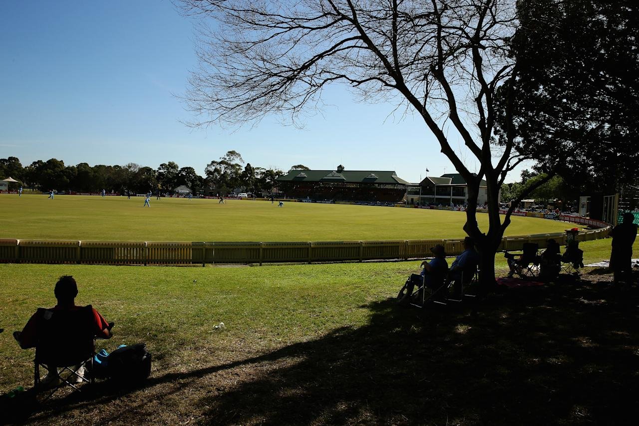 SYDNEY, AUSTRALIA - SEPTEMBER 29:  A general view is seen during the Ryobi Cup match between the New South Wales Blues and the Tasmania Tigers at Bankstown Oval on September 29, 2013 in Sydney, Australia.  (Photo by Mark Kolbe/Getty Images)