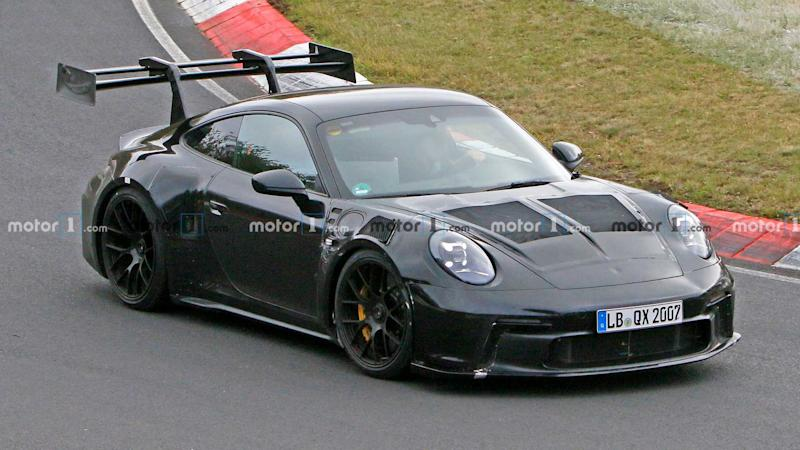 Porsche 911 GT3 RS 992 Spy Photo avant