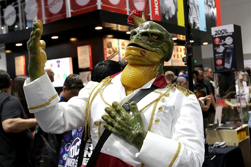 <p>The frog prince welcomes people at the CFX booth at Comic-Con International on July 19, 2018, in San Diego. (Photo: Angela Kim/Yahoo Entertainment) </p>