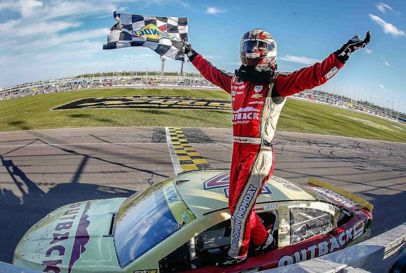 Happy Harvick Punches His Ticket to the Next Round in NASCAR Chase