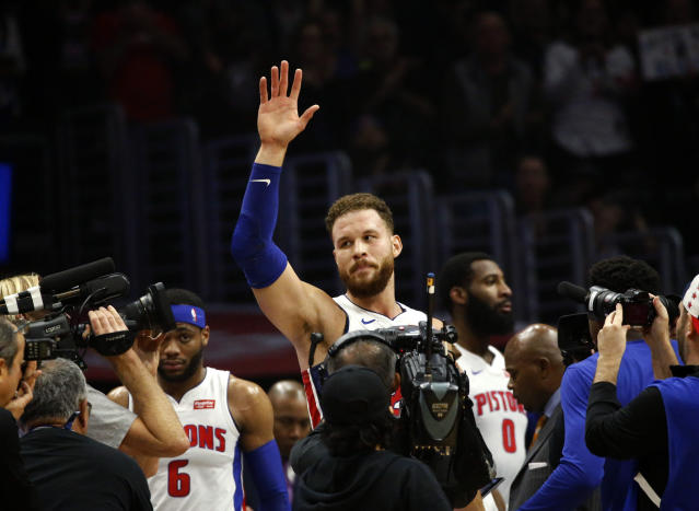 "Detroit's <a class=""link rapid-noclick-resp"" href=""/nba/players/4561/"" data-ylk=""slk:Blake Griffin"">Blake Griffin</a> waves to fans during the first half against the <a class=""link rapid-noclick-resp"" href=""/nba/teams/la-clippers/"" data-ylk=""slk:Clippers"">Clippers</a> in Los Angeles on Saturday. (AP)"