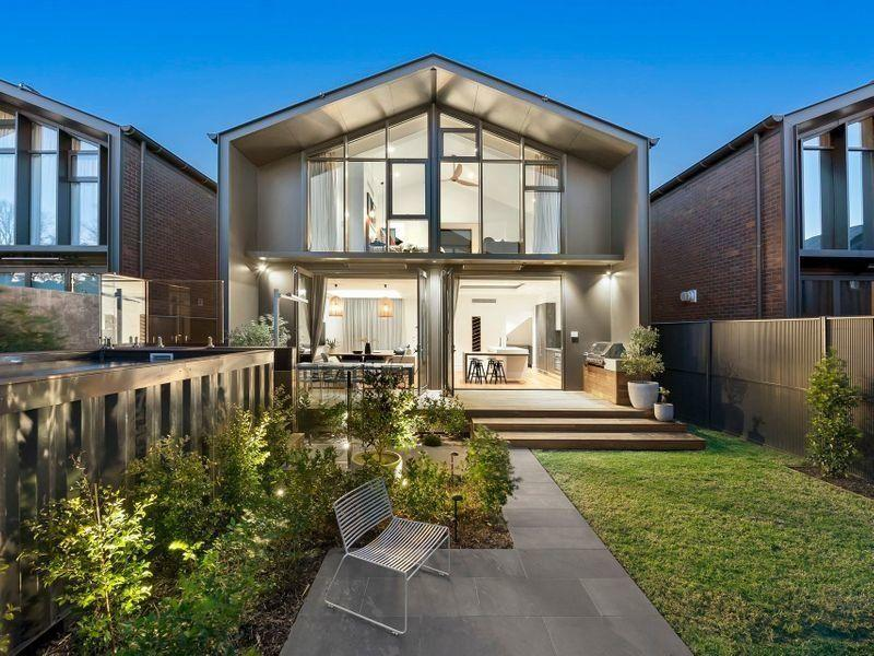 A house in Regent Street, Elsternwick that sold for $2.83m in late 2018. <i>(Source: realestate.com.au)</i>