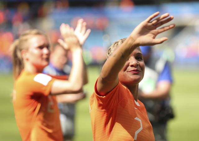 Netherlands' Shanice Van De Sanden acknowledges supporters after the Women's World Cup Group E soccer match between New Zealand and the Netherlands in Le Havre, France, Tuesday, June 11, 2019. The Netherlands won the match 1-0. (AP Photo/Francisco Seco)