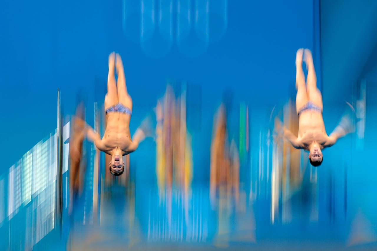 LONDON, ENGLAND - AUGUST 01: Kristian Ipsen and Troy Dumais of the United States practise prior to the Men's Synchronised 3m Springboard final on Day 5 of the London 2012 Olympic Games at the Aquatics Centre on August 1, 2012 in London, England. (Photo by Adam Pretty/Getty Images)