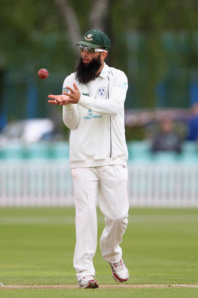 WORCESTER, ENGLAND - MAY 16: Moeen Ali of Worcestershire during day one of the LV County Championship first division match between Worcestershire and Sussex at New Road on May 16, 2012 in Worcester, England. (Photo by Michael Steele/Getty Images)