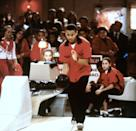 "<ul> <li><strong>What to wear:</strong> A bowling outfit, preferably a red and black one. </li> </ul> <ul> <li><strong>How to act: </strong>Popular and determined, like you're going to win ""The Mighty Apple"" bowling competition. </li> </ul>"