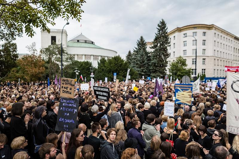Polish Women Protest Possible Abortion Ban, Wearing Black to Mourn Reproductive Rights