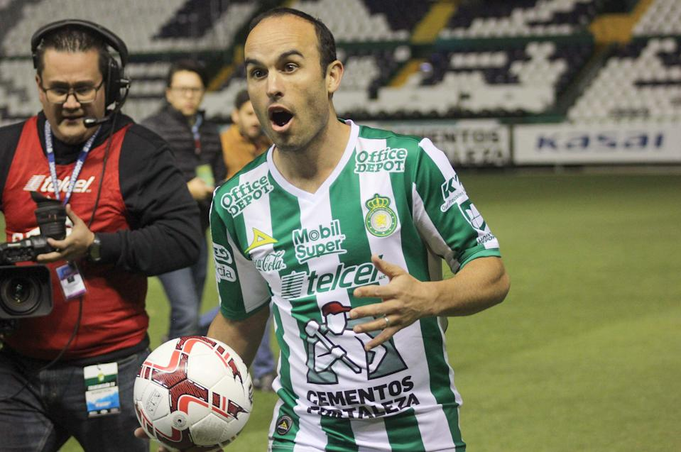 Say this for Landon Donovan's un-un-un-retirement: It's in line with how he's always done things. (Getty)