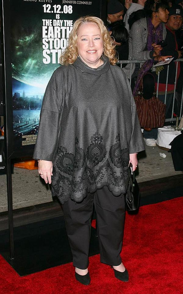 "Kathy Bates should have opted for a fitted top, not a shapeless garbage bag, for her stroll down the red carpet. Jim Spellman/<a href=""http://www.wireimage.com"" target=""new"">WireImage.com</a> - December 9, 2008"