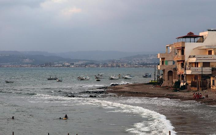 Beach of the Syrian Mediterranean coastal city of Tartous, northwest of Damascus, pictured on July 5, 2014 (AFP Photo/-)